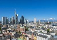 Видом на місто з фінансового району skyline, Франкфурт на Майні, Гессен, Німеччина — стокове фото