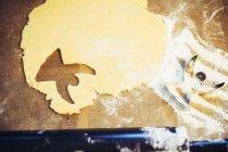 Weihnachtsbäckerei über Holzoberfläche — Stockfoto