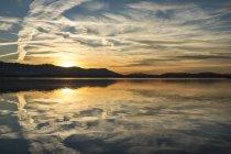 Allemagne, lac de Constance, péninsule Hoeri au coucher du soleil — Photo de stock