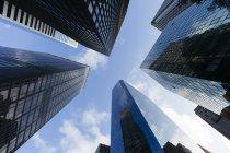 USA, New York City, Wolkenkratzer in der Innenstadt von Manhattan am frühen Morgen — Stockfoto