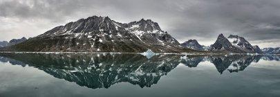Гренландия, Кулусук, Панорама Schweizerland в дневное время — стоковое фото
