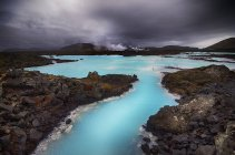Scenic view of Blue Lagoon under cloudy sky, Iceland — Stock Photo