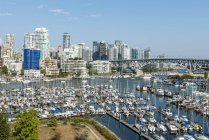 Canada, British Columbia, Vancouver, skyline with Granville Street Bridge and False Creek — Stock Photo