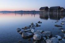 Allemagne, lac de Constance, logements en tas à Unteruhldingen — Photo de stock
