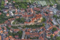Aerial view of Quedlinburg with collegiate church in evening twilight, Germany — Stock Photo
