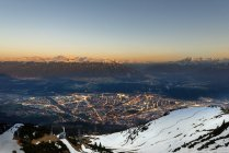 Österreich, tirol, innsbruck, Stadtbild bei Sonnenuntergang — Stockfoto