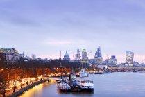 Regno Unito, Londra, skyline con il Tamigi all'alba — Foto stock