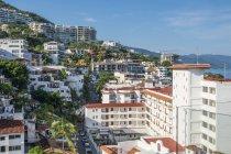 Мексика, Пуерто-Вальярта, видом на місто денний час — стокове фото
