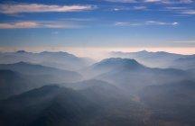 Népal, Himalaya, Solo Khumbu, Everest region, paysage montagneux au crépuscule — Photo de stock