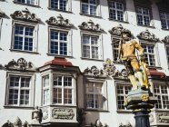 Switzerland, Schaffhausen, view to sculpture on a fountain at historic old town — Stock Photo