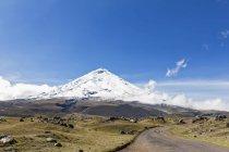South America, Ecuador, Andes, Volcano Cotopaxi in Cotopaxi National Park — Stock Photo