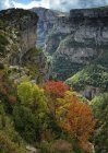 Espanha, Parque Nacional de Ordesa, Anisclo Canyon durante o dia — Fotografia de Stock