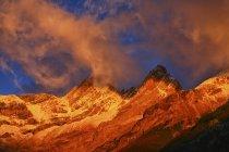 Espanha, Parque Nacional de Ordesa, espantosa ao pôr do sol — Fotografia de Stock