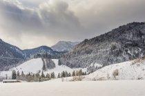 Германия, Бавария, Берхтесгаден, зимний пейзаж — стоковое фото