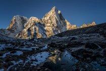 Nepal, Khumbu, Everest region, Arakam Tse at sunset — Stock Photo