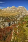 View of Monte Perdido massif at daylight, Ordesa National Park, Spain — Stock Photo