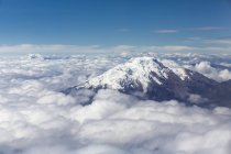 Ecuador, Andes, peak of the volcano Cayambe — Stock Photo