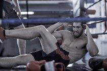 Боксёры, занимающиеся боксом — стоковое фото