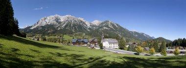Autriche, Styrie, Ramsau am Dachstein, Montagnes Dachstein, Panorama — Photo de stock
