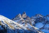 Panorama de la vallée de Stillach, crête principale des Alpes de l'Allgäu, f.l Trettachspitze et Maedelegabel, Einoedsbach, Allgäu, Bavière, Allemagne — Photo de stock