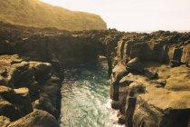 Portogallo, Azzorre, paesaggio costiero diurno — Foto stock