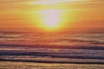 Pôr do sol sobre o Oceano Atlântico — Fotografia de Stock