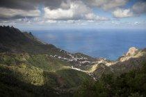 Espagne, Tenerife, îles Canaries, montagnes d'Anaga et la côte — Photo de stock