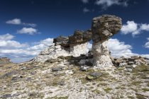 USA, Colorado, Rocky Mountain National Park, formation rocheuse pendant la journée — Photo de stock