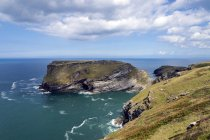 United Kingdom, England, Cornwall, Tintagel, View to Tintagel Castle — Stock Photo