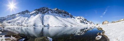 Швейцария, Энгадин, Fluela проходят осенью в дневное время — стоковое фото