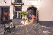 Portugal, Madeira, Funchal, leere Bank Building — Stockfoto