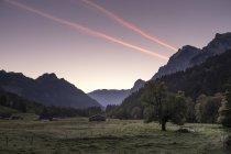Швейцарія, захід сонця Гларус, Kloen долині, біля Richisau — стокове фото