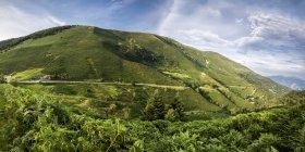 Франция, Пьес, Северная Каталония, Коль дю Порт, горный перевал в дневное время — стоковое фото
