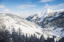 Austria, Salzburg State, Altenmarkt-Zauchensee, alpine landscape in snow — стоковое фото