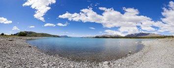 Новая Зеландия, Южный остров, панорамный вид на Озеро Текапо — стоковое фото