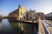 Italy, Veneto, Venice, Cannaregio District, Fondamenta della Misericordia — Stock Photo