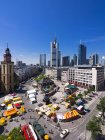 Germany, Hesse, Frankfurt, View to financial district with Commerzbank tower, European Central Bank, Helaba, Taunusturm, Hauptwache and St. Catherine's church — Stock Photo