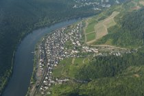 Germany, Rhineland-Palatinate, aerial view of Klotten with Moselle River — Stock Photo