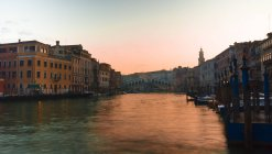 Italy, Veneto, Venice, Rialto bridge at sunrise — Stock Photo