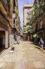 Іспанія, Барселона, Sant Pere, пішохідну зону дотепністю магазини денний час — стокове фото