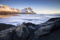 View of black sandy beach of Stokksnes at Iceland — Stock Photo