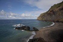 Portogallo, Azzorre, Sao Miguel, spiaggia vulcanica — Foto stock