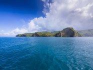 Antillas, pequeñas Antillas, Santa Lucía, Soufriere, ve a la costa rocosa - foto de stock