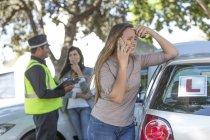 Nuovo conducente che ha un incidente d'auto — Foto stock