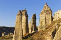 Turkey, Eastern Anatolia, Cappadocia, Ask Vadisi, Phalloid fairy chimneys at Goereme National Park — Stock Photo