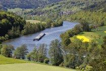 Allemagne, Bavière, Basse-Franconie, cargo sur la rivière Main — Photo de stock