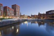 Germania, Amburgo, Brooktorhafen e nuovi edifici a Hafencity — Foto stock