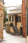 Greece, Ionic Islands, Corfu, alley in the old town — Stock Photo