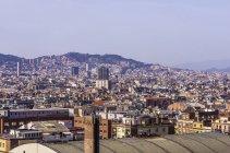 Vista da paisagem urbana de Palau Nacional na Sagrada família, de dia, Barcelona, Espanha — Fotografia de Stock