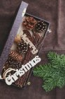 Weihnachts-Dekoration auf rustikale Leder — Stockfoto